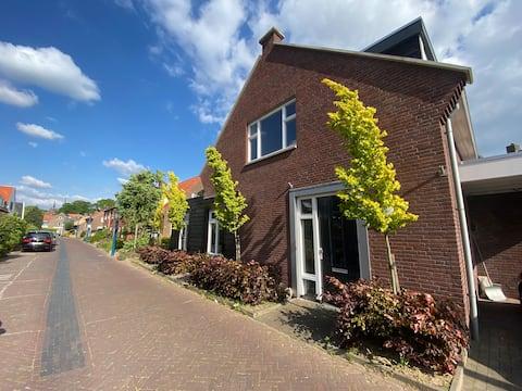 B&B De Smidsweg (2,5km van centrum Deventer)