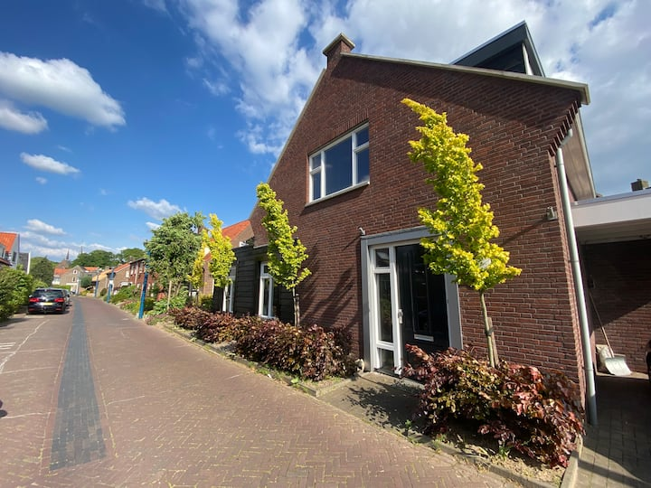 B&B De Smidsweg (2,5km van centrum Deventer)