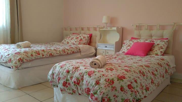 The Bloom Room (Casa Cortese)