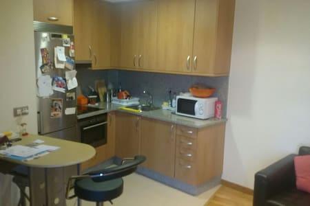 Apartamento de 1 dormitorio garaje - Vigo