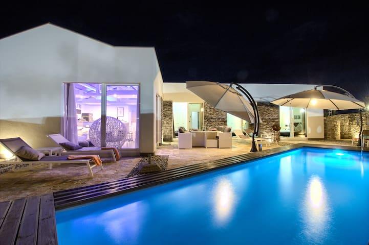 Modern villa Darte with pool near Rovinj - Kanfanar - Rumah