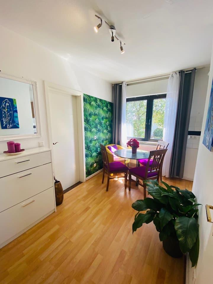 2-Zimmer Wohnung viel Grün & Sonne Platz für 3