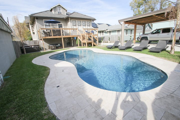 UPTOWN HOME IS A SANCTUARY DREAM W/POOL & HOT TUB!