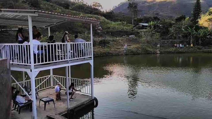 Los lagos finca ecoturistica Ecotourism caqueza.