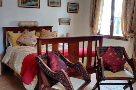 Chambre D' hote, Pretty Rural Setting, and a SMILE
