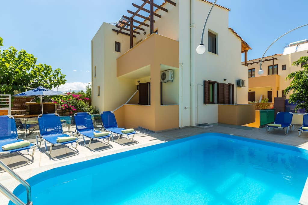 Overview of the villa, outdoor area with private swimming pool