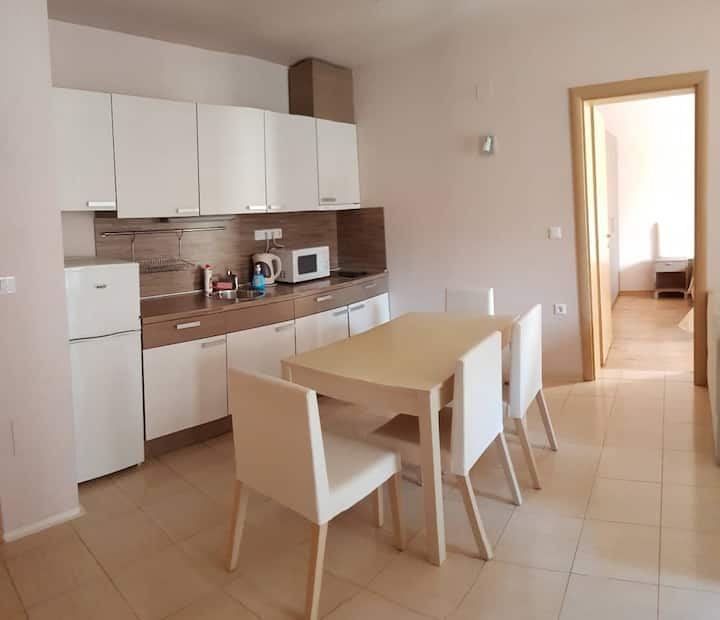 Pomorie Apartment by The Sea