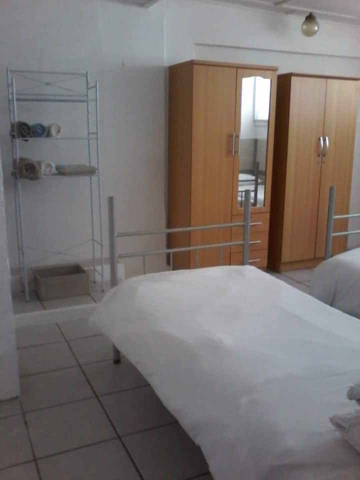 40 on Main , Self Catering unit 6