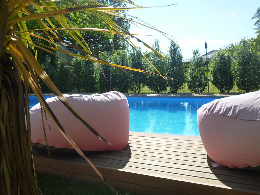 Woodstock Suite your private solar heated swimming pool