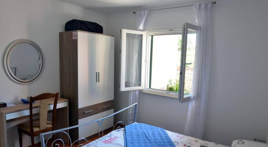 Apartments Mendy / Two Bedroom A1 - Kastel Sucurac