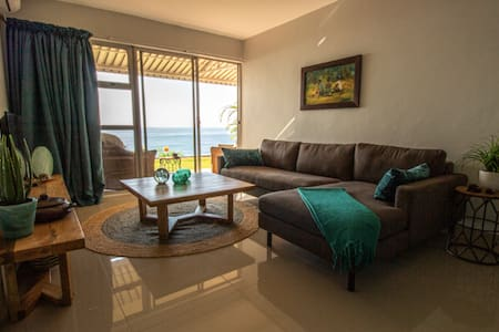 SeaView - Home Away From Home