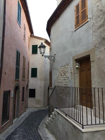 Appartamento Rocca Massima Centro Storico