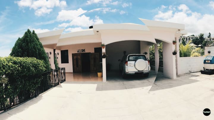 Karibuni Guest House