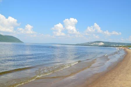 Солнце, пляж и дикий отдых. - Samara