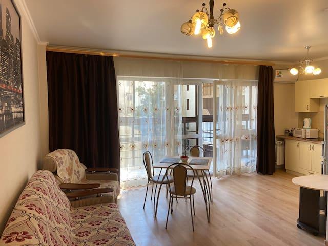 Сдам комнату в квартире в самом центре города