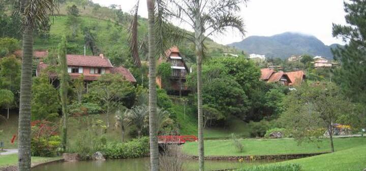 Flat na Quinta do Lago em Itaipava.