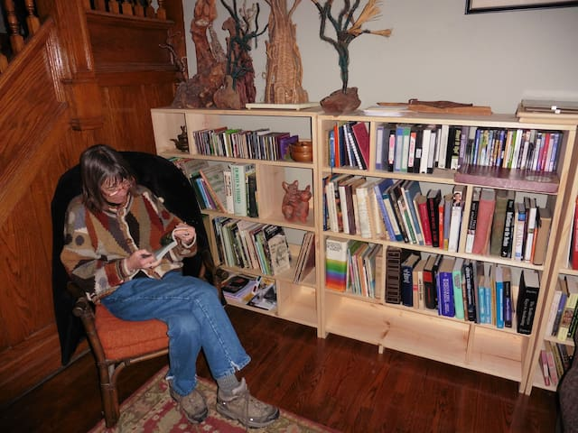 Sitting room library