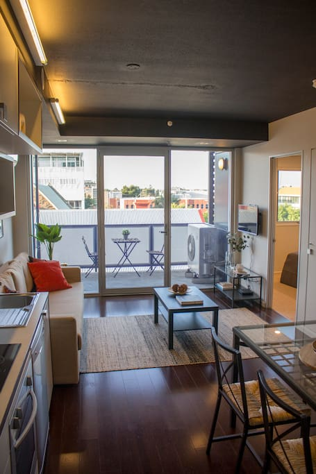"Family Room spacious to accommodate 4 persons comfortably.  ""Had an amazing stay at Paulo's place. It's very stylish, impeccably clean and centrally located. Great city and hills view from the balcony. Everything is within walking distance - bars, restaurants, market, parklands. And yet felt very quiet and secluded even while being so central. I booked last minute and Paulo responded immediately and couldn't have been more accommodating. Easy check in and check out. Would definitely stay here again (and again)!"" (Emily B., May 2018)"