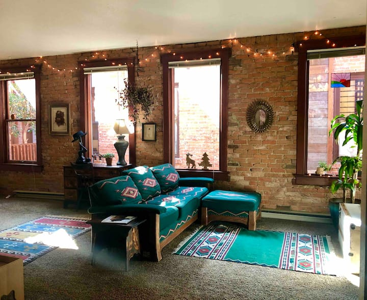 Artists' loft in the heart of downtown Whitefish