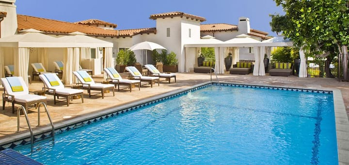 The Sunset Marquis Hotel and Villas - Grand Deluxe One Bedroom Villa