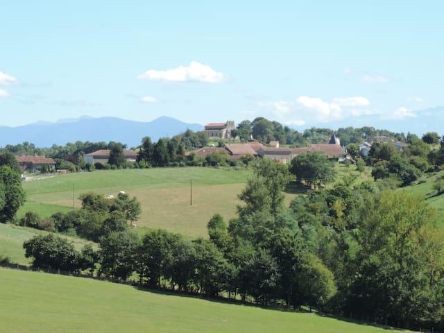 Un paradis vert en Ariège   2chambres + ptit déj
