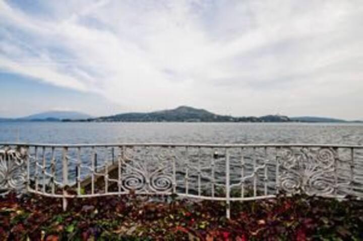 villa Stella in riva al lago