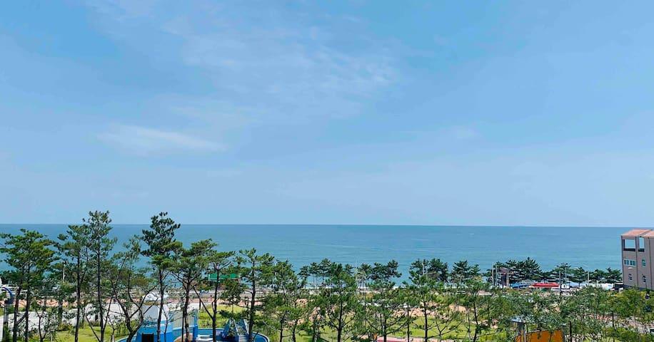 테라스 바베큐를 할 수 있는 오션뷰(Ocean-view) 하우스