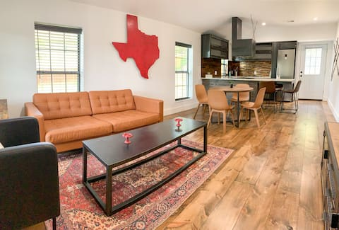 Modern Cottage in Historic McKinney, Texas