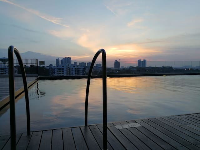 Swimming pool on the 9th floor. Best time during sunset.