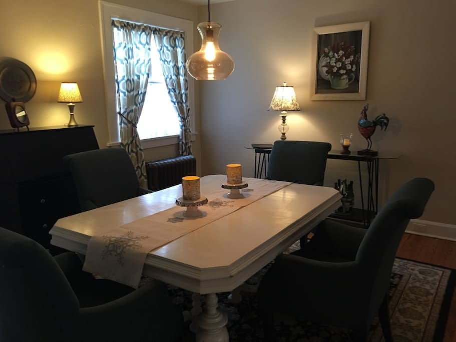 Large dining room with seating for 4