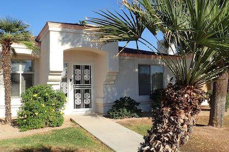 2 br casita-style home, casual, tech friendly - Sun City West