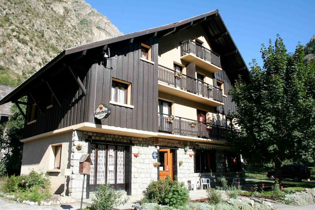Chalet in summer popular with cyclists and mountain bikers.