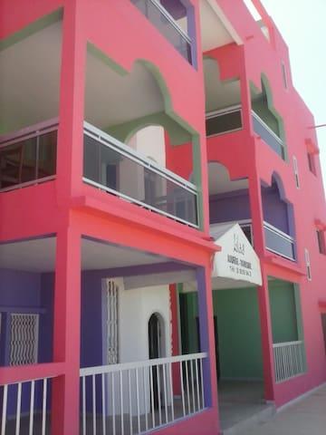 Auberge LILAS Dakar - Dakar - Hus