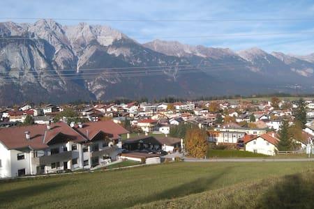Götzens in Tirol nähe Innsbruck - Götzens - Apartamento