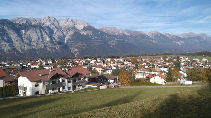 Zimmer nähe Innsbruck mit Balkon