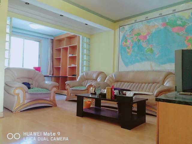 西湖边的家(套)市中心 交通便利 闹中取静 - 福州市 - Appartement