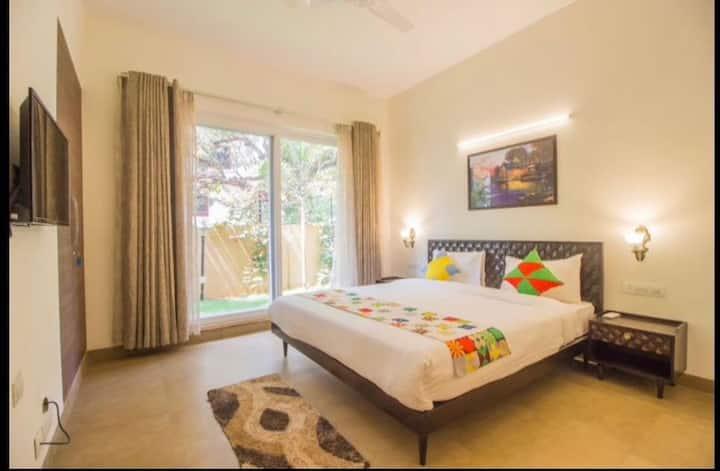 Cozy  3 BHK Villa with pool  Near Thalasa Anjuna