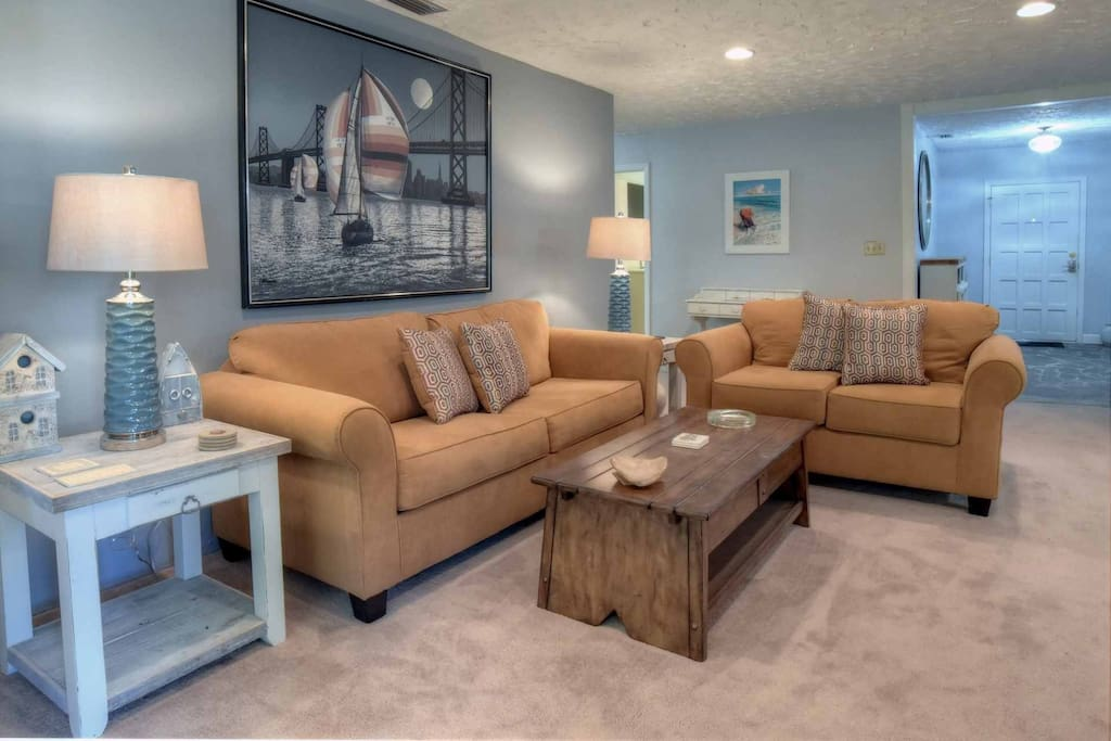 Living Room with Pull out sleeper sofa!