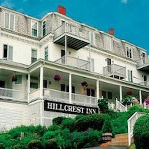 Ogunquit ME Hillcrest Inn 2 Bedroom Summer Rental