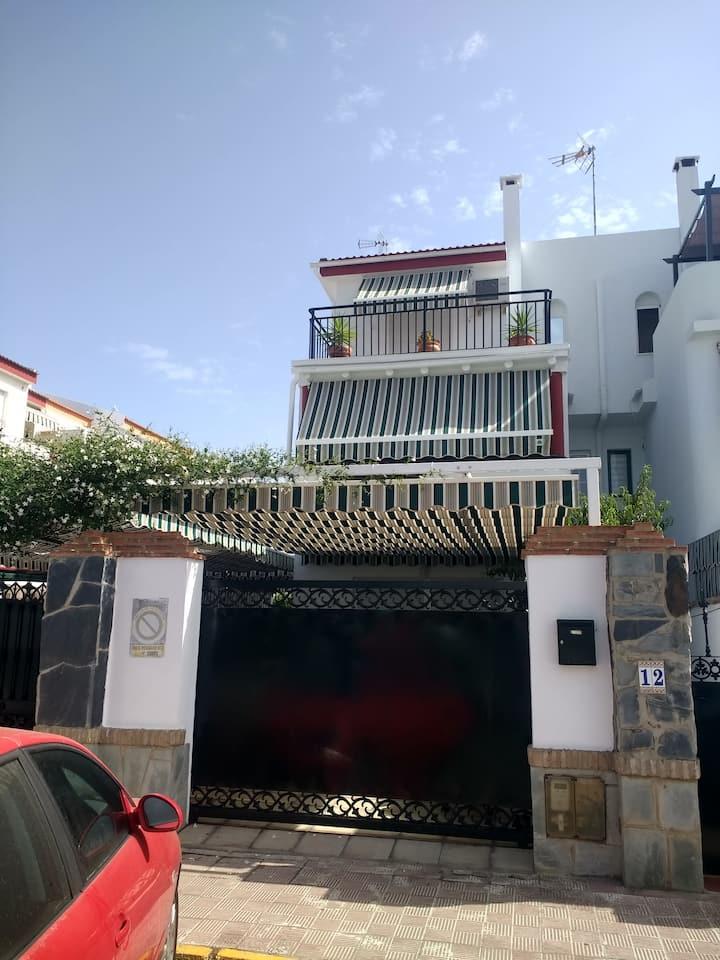 Santamaría's house. Casa para alojarse cómodamente