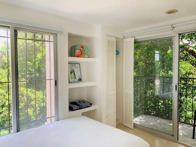 Villa Antilope, Brisa A. Small room for two.