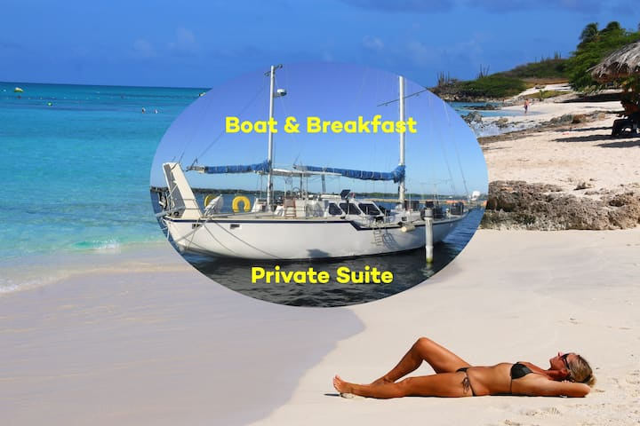 Boat & Breakfast  - Private Cabin in Shared Boat