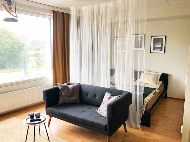 Lux Studio 15min from Downtown by station+Mall