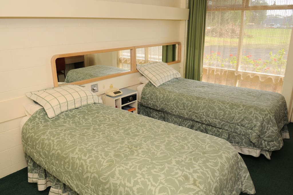 Twin bedded room available for two person reservations