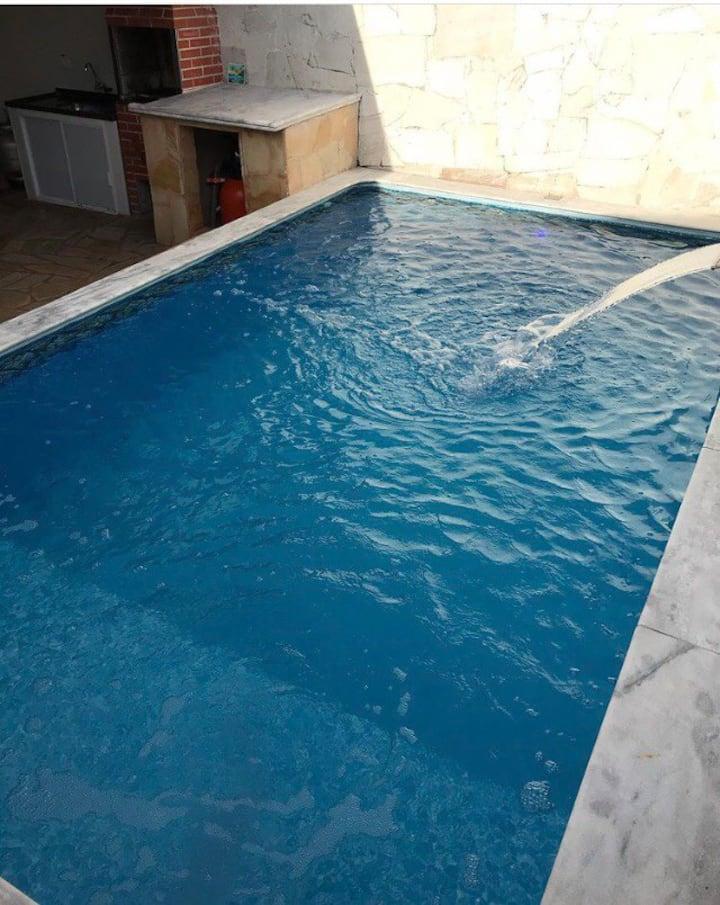 Casa de praia c/piscina em São Sebastião