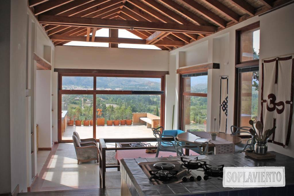 Use the kitchen enjoying this beautiful view