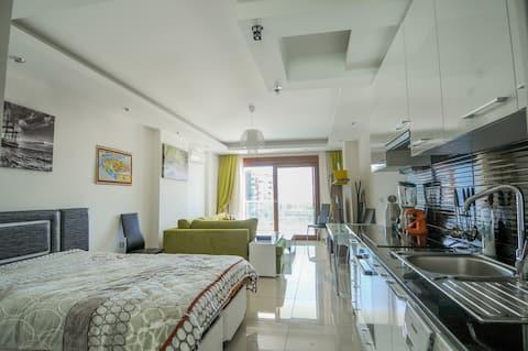 Уютная квартира-студия с отличным расположением