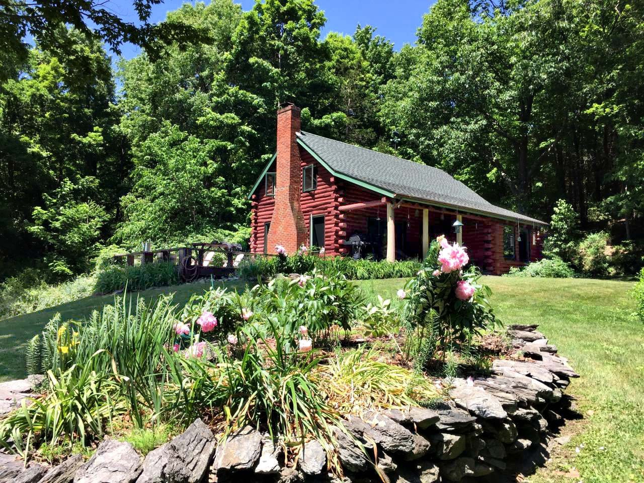 The cabin really comes to life in Spring and Summer