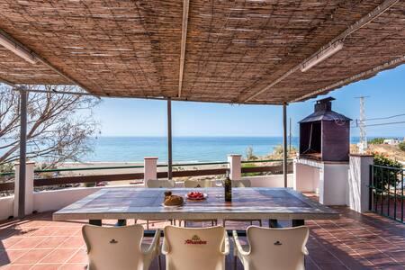 Casa del Pipa Haus am Strand mit herrlichem Meerblick, Terrasse, Balkon und WLANCasa del Pipa Haus am Strand mit herrlichem Meerblick, Terrasse, Balkon und WLAN