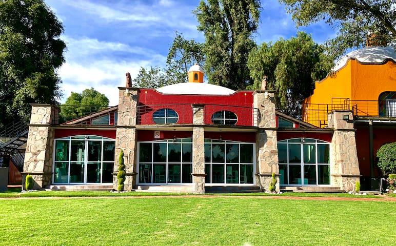Hermosa Villa en Hacienda Skondida Tepotzotlán